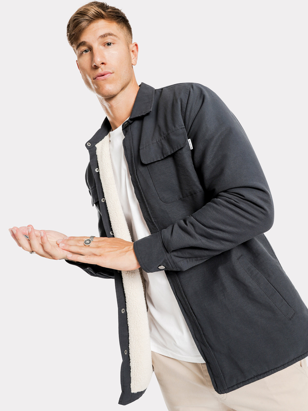Wyatt Canvas Jacket in Navy