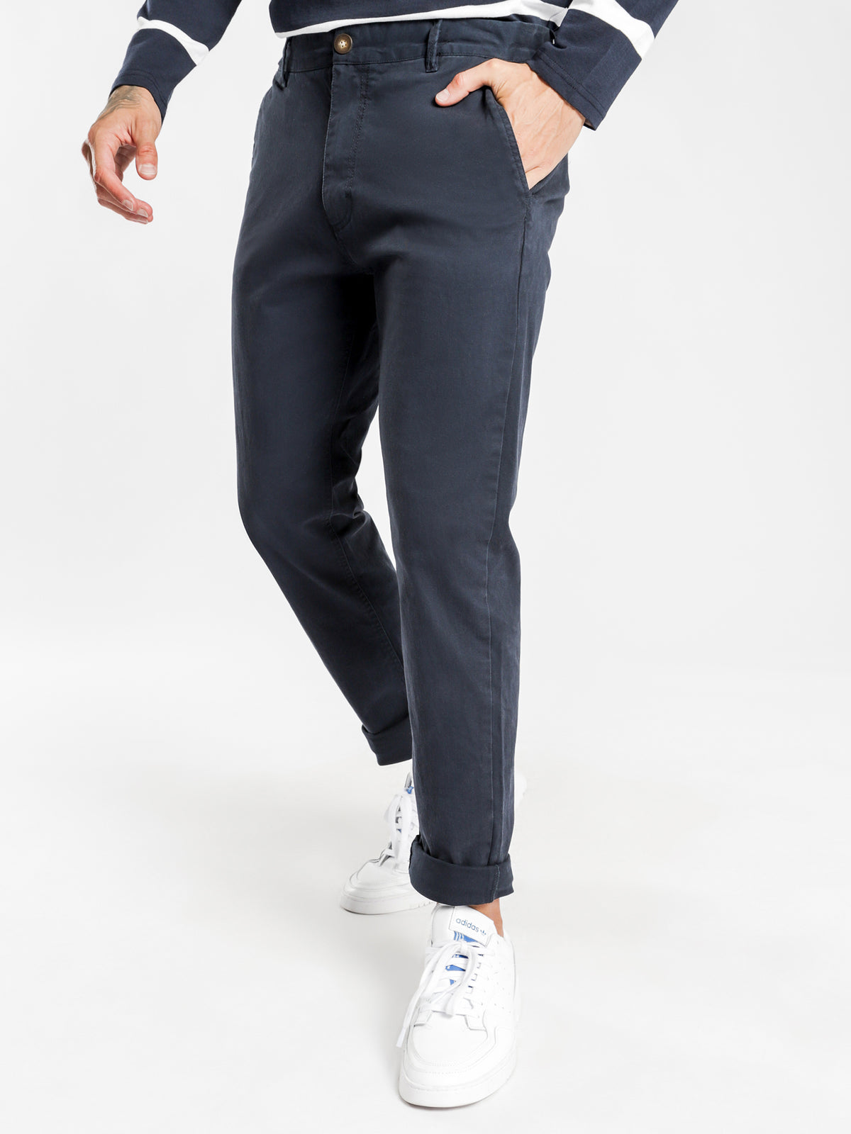 Hunter Chino Pant in Navy Blue