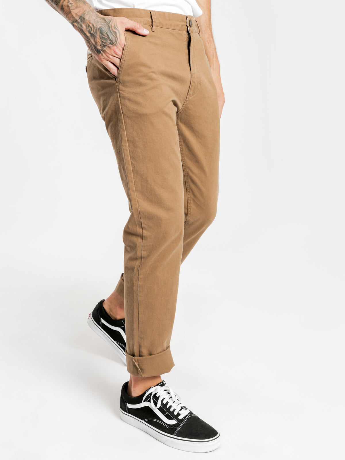 Hunter Chino in Tan
