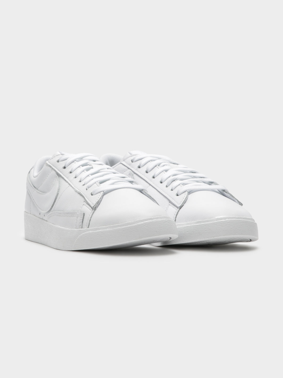Womens Blazer Low Leather Sneaker in White