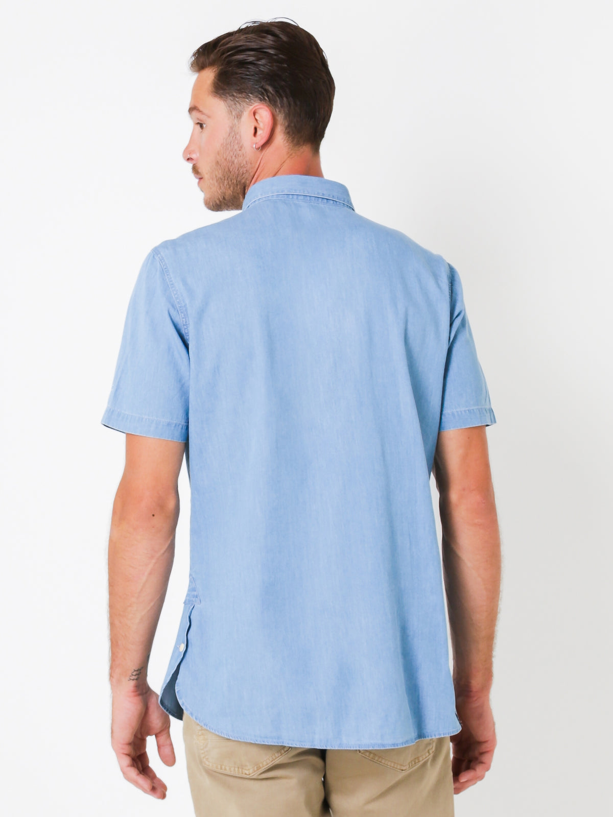 Aires Short Sleeve Shirt in Washed Chambray