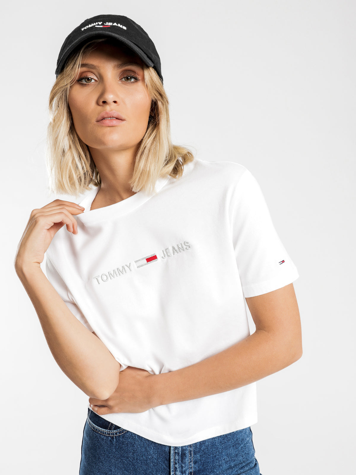 Linear Logo Detail T-Shirt in Classic White