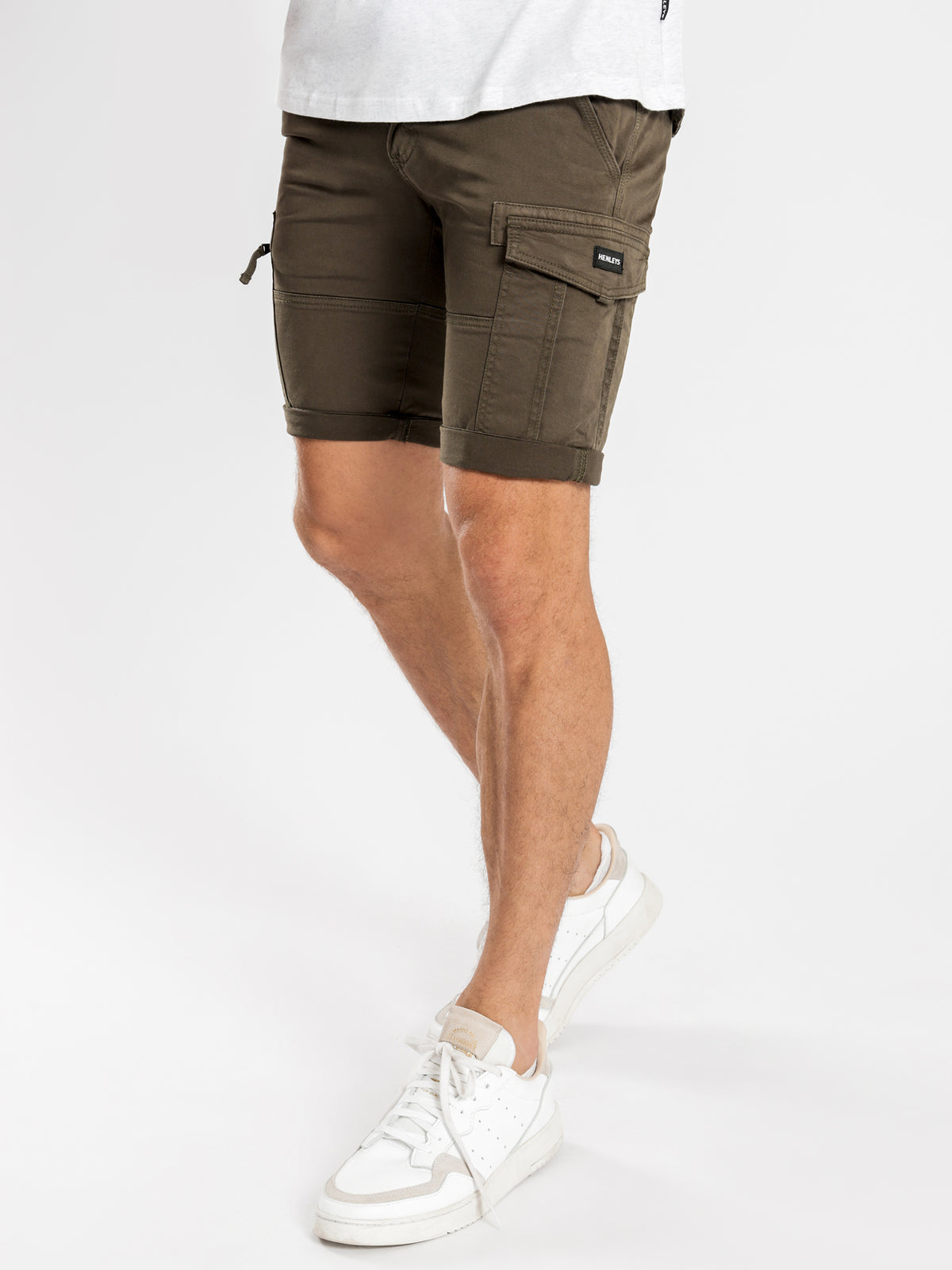 Leon Slim-Fit Cargo Shorts in Forest Green