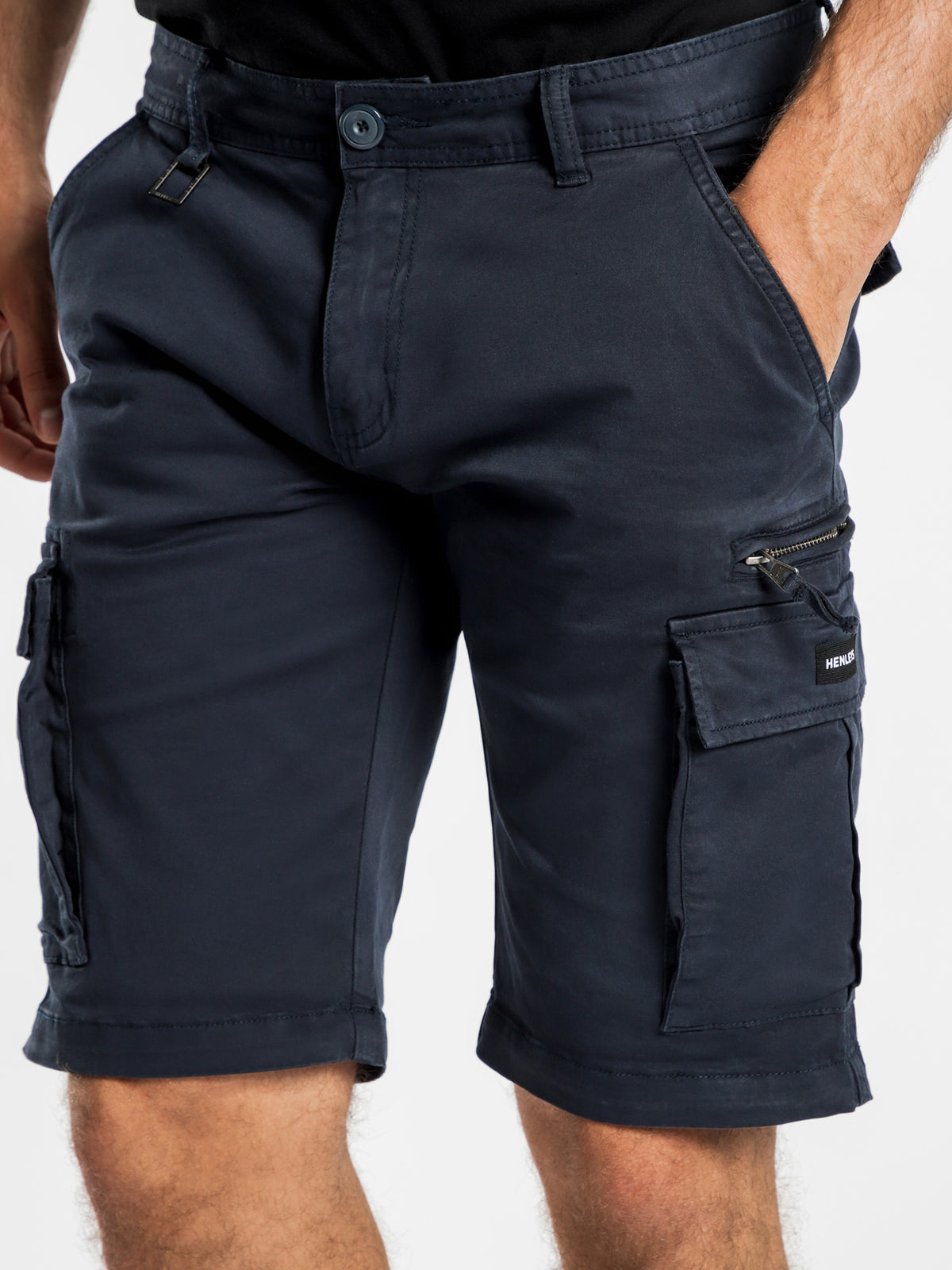 Otis Shorts in Navy