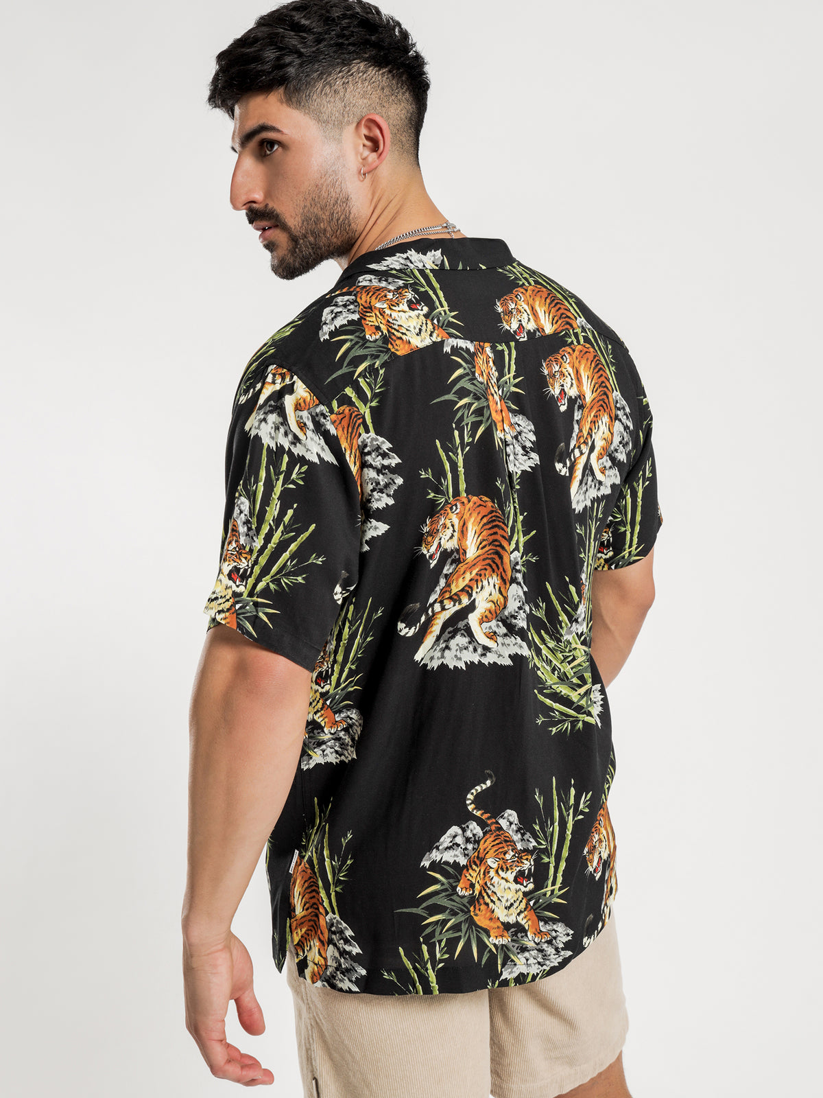 Orient Short Sleeve Shirt in Black