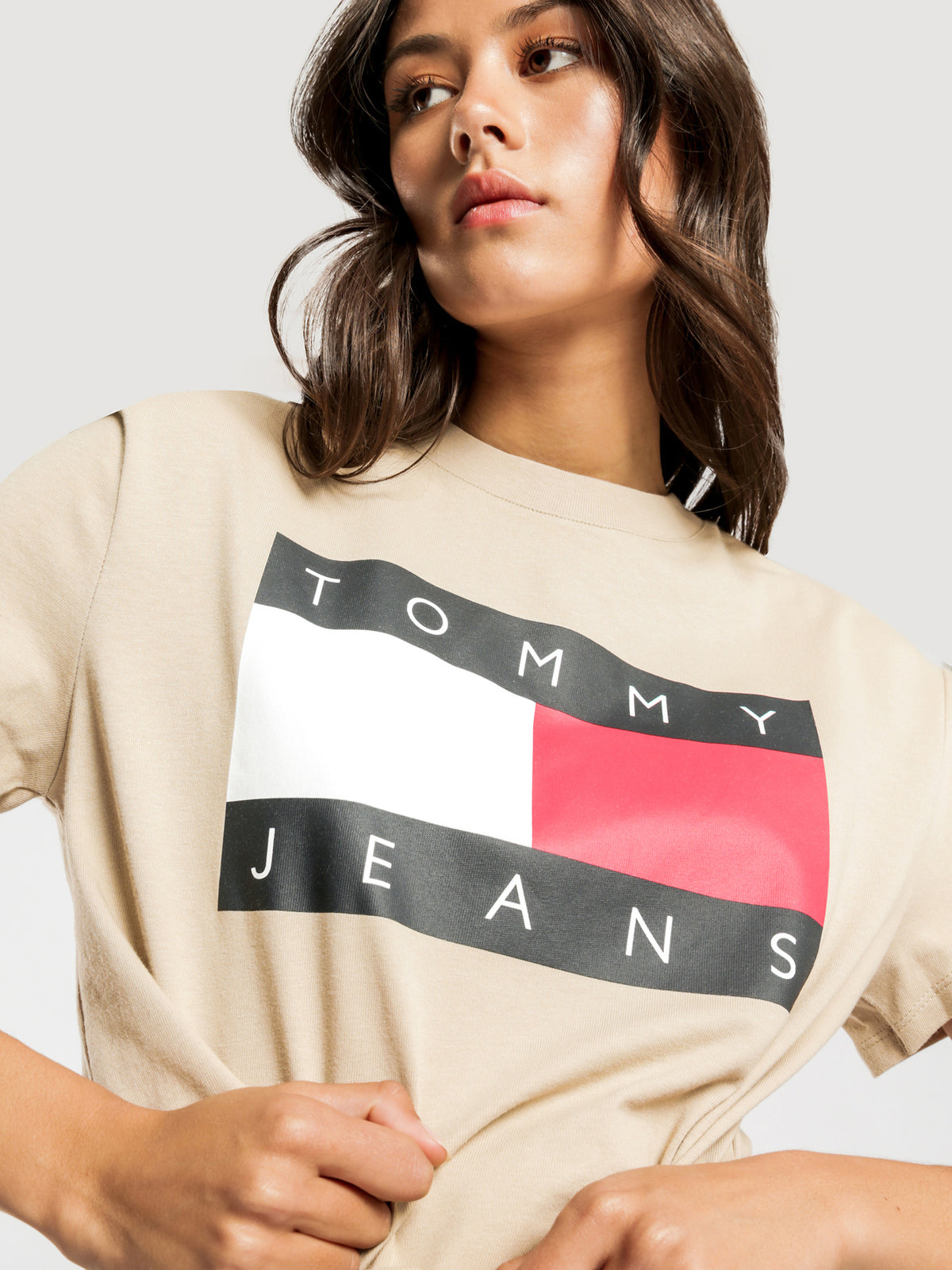 Flag Cropped T-Shirt in Beige