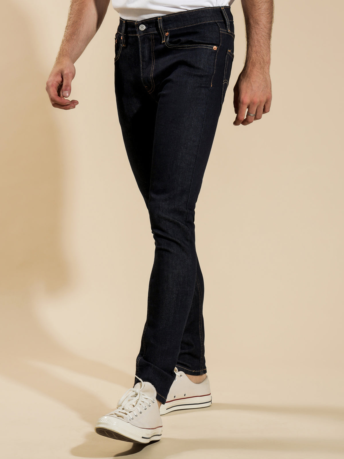 Skinny Tapered Jeans in Dark Blue Denim