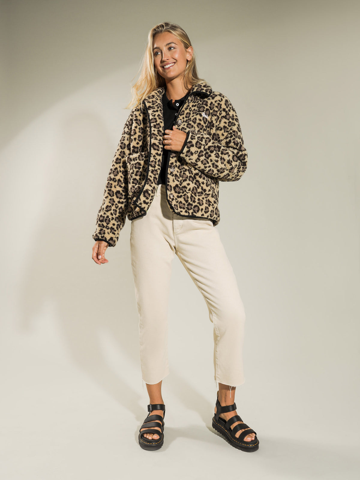 Graffiti Sherpa Jacket in Leopard