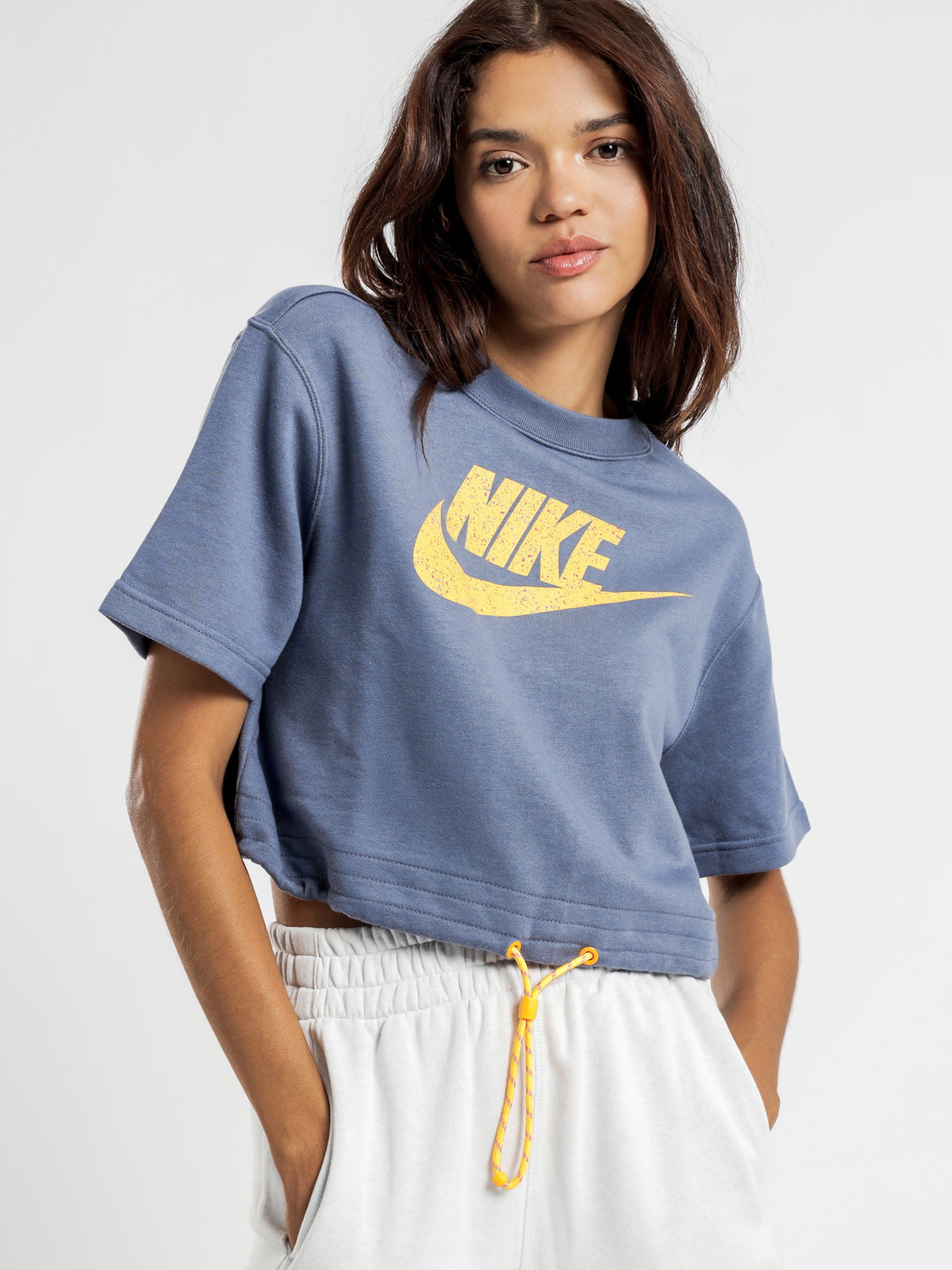 Sportswear Icon Clash T-Shirt in Blue