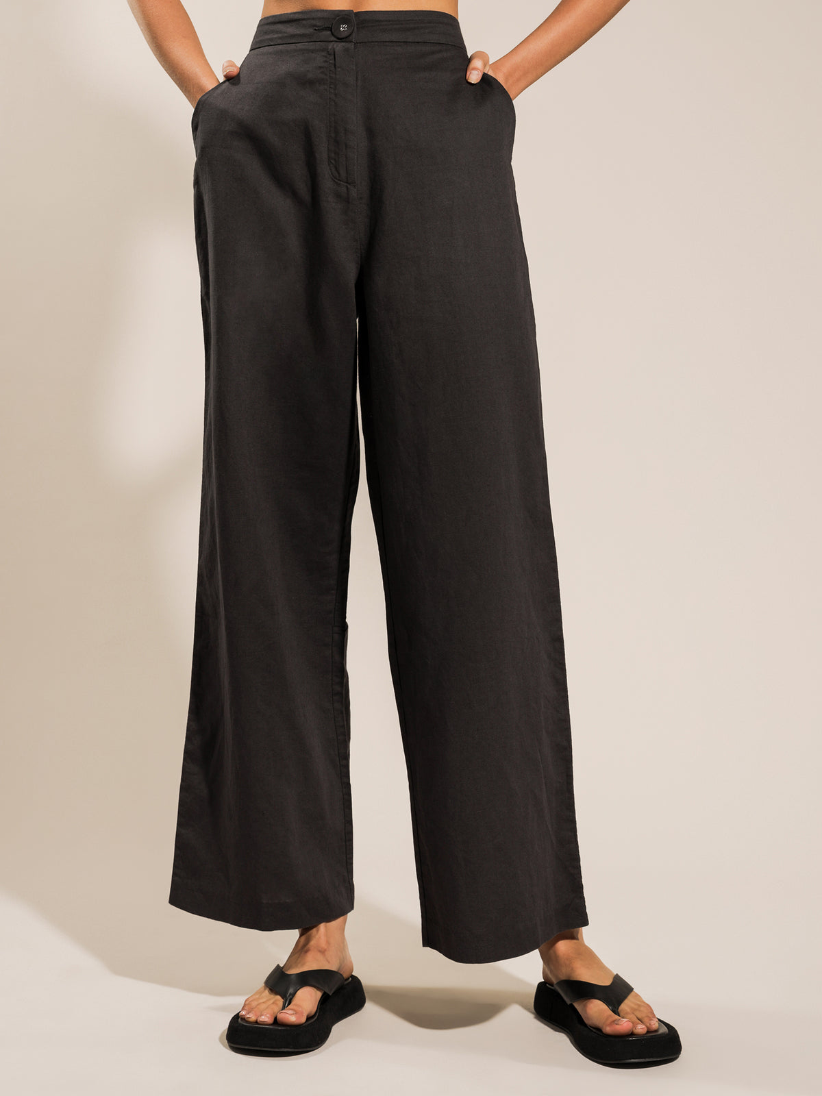 Kora Wide Leg Pants in Coal