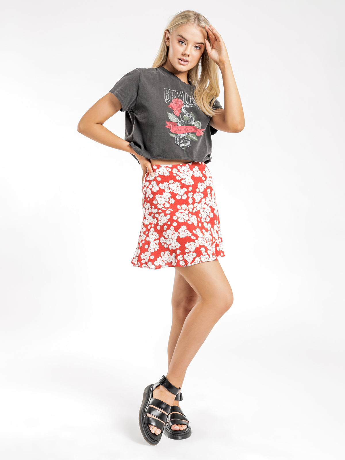Paloma Mini Skirt in Red Floral