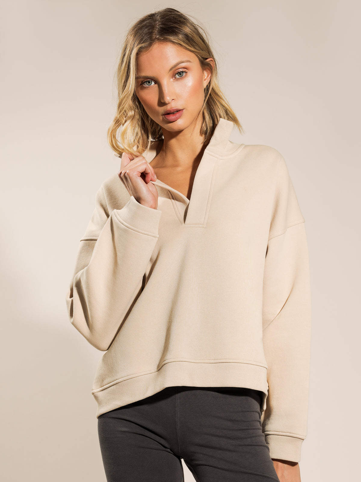 Carter Classic Rugby Sweater in Sand