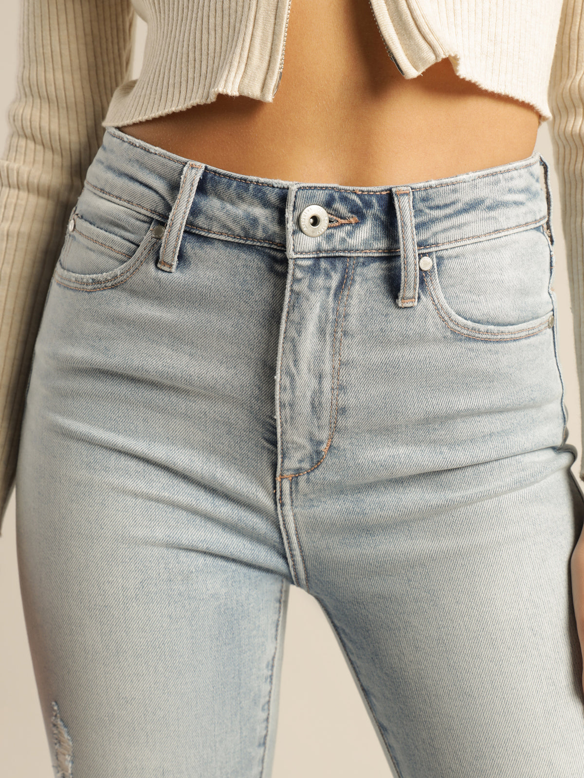High Rise Lisa Ankle Hug Jeans in Light True Blue