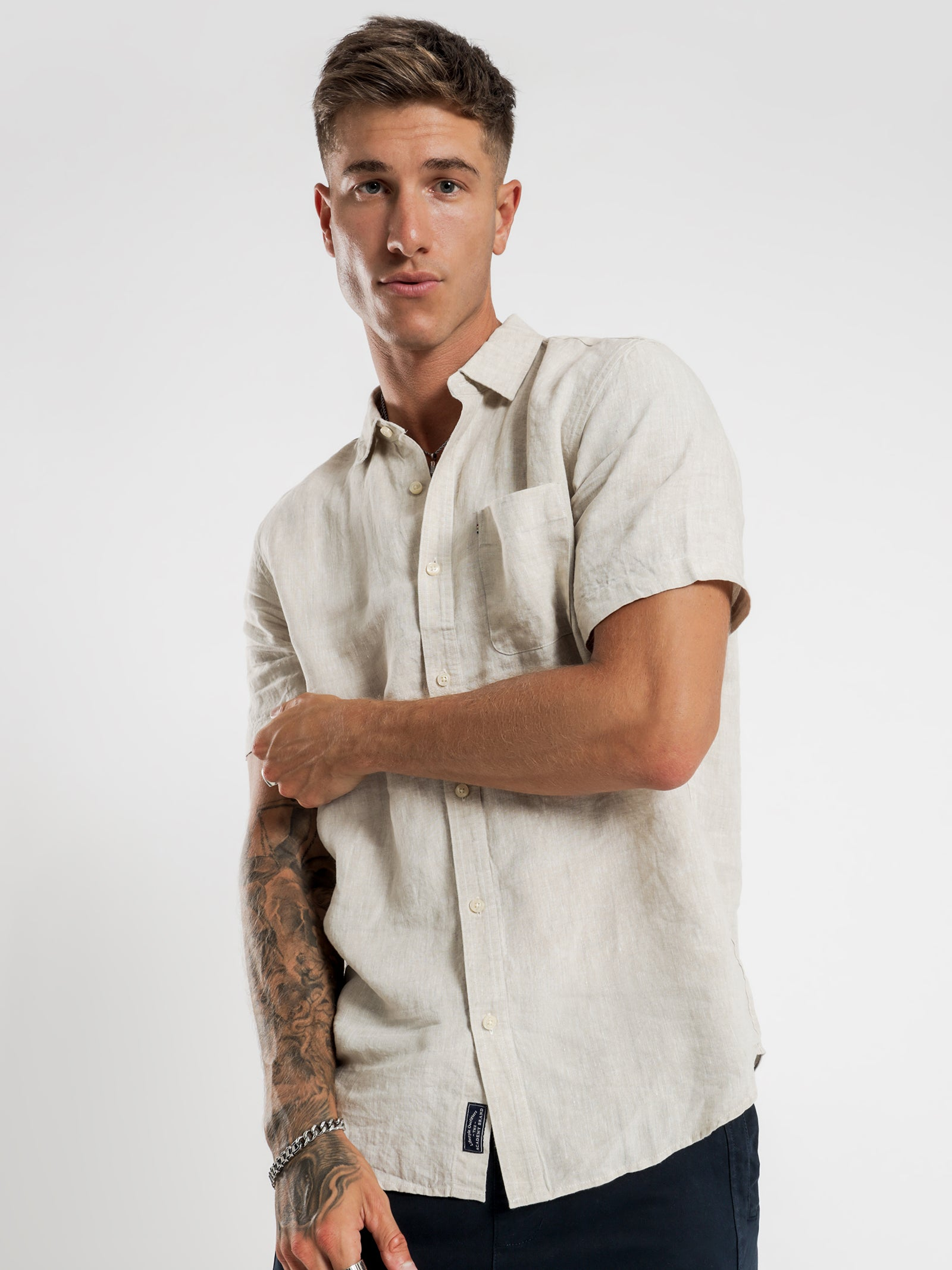 Hampton Linen Short Sleeve Shirt in Oatmeal