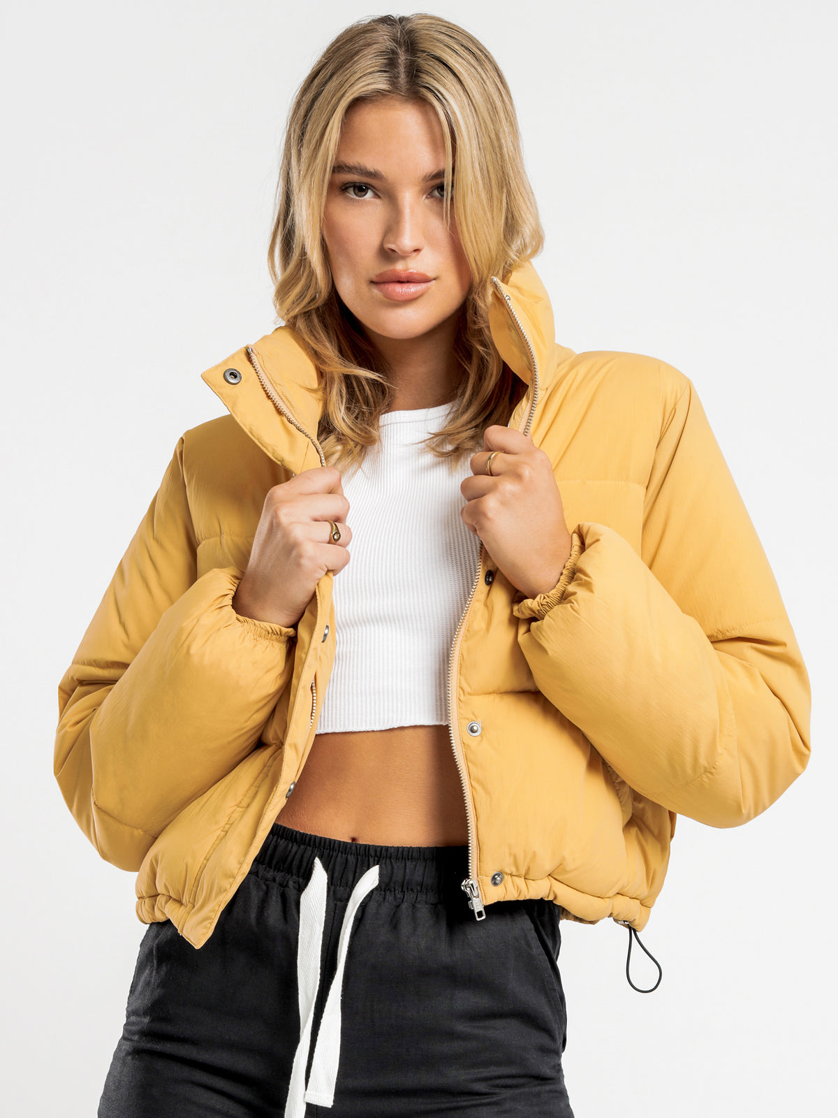Topher Cropped Puffer Jacket in Washed Mustard
