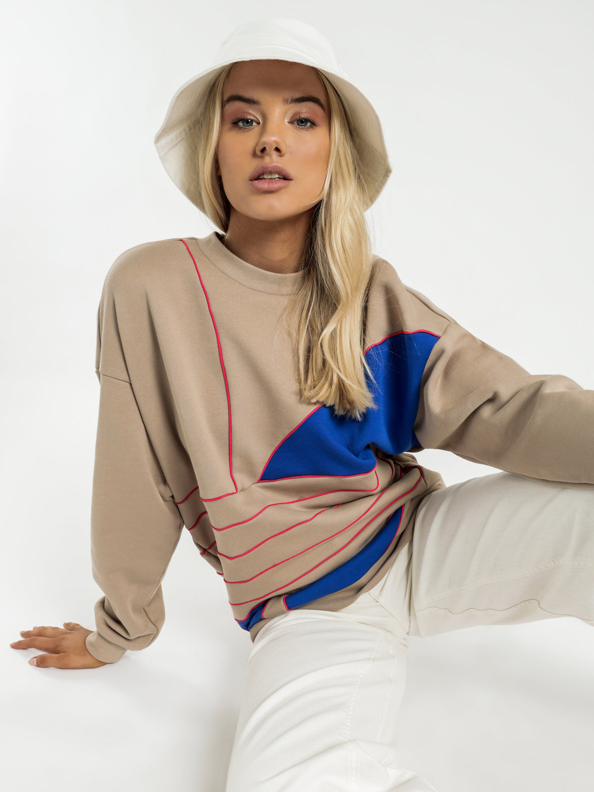 Large Logo Sweatshirt in Khaki