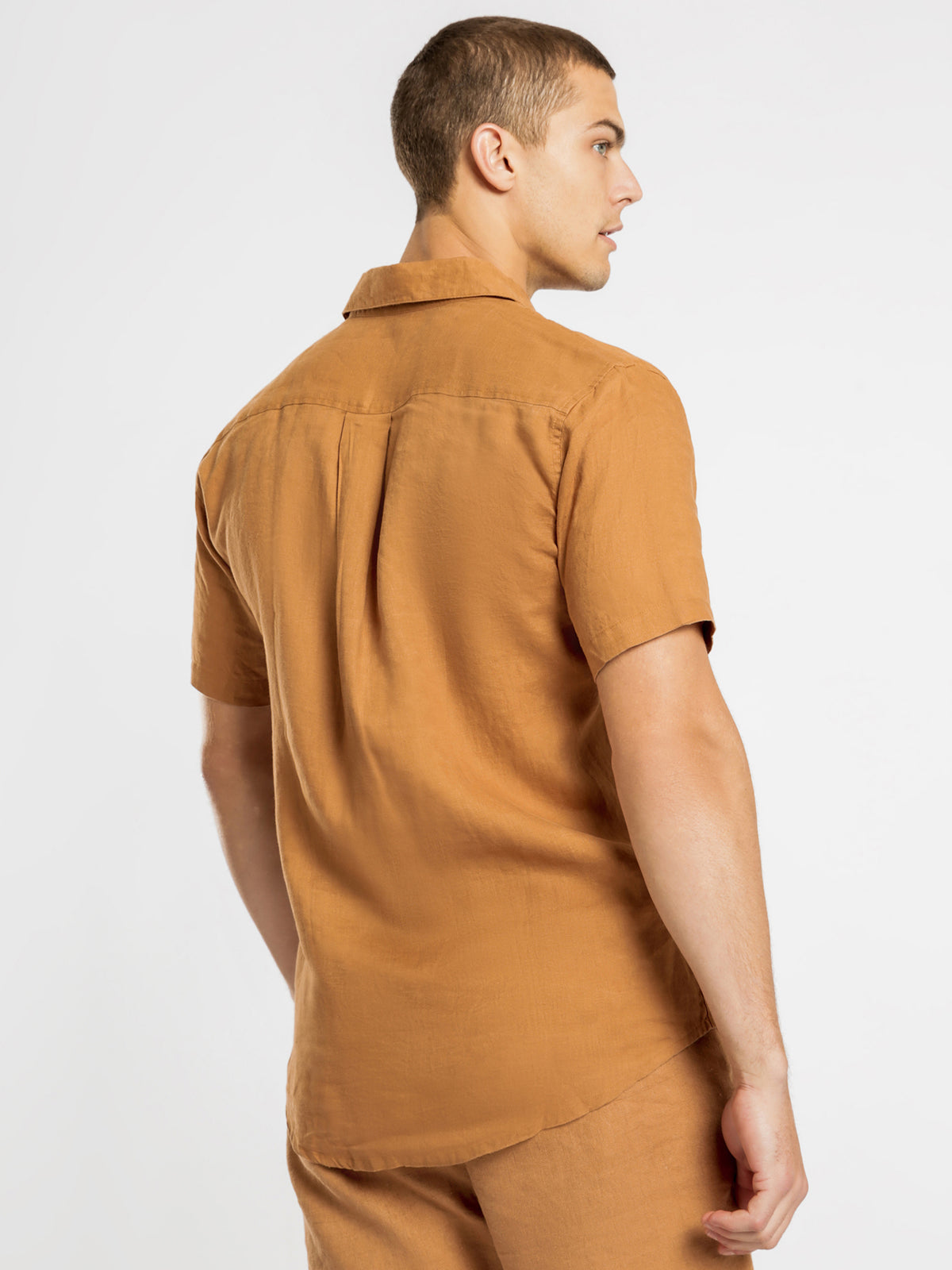 Nelson Linen Short Sleeve Shirt in Coffee