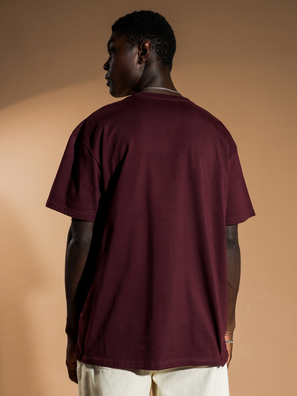 Chase T-Shirt in Burgandy