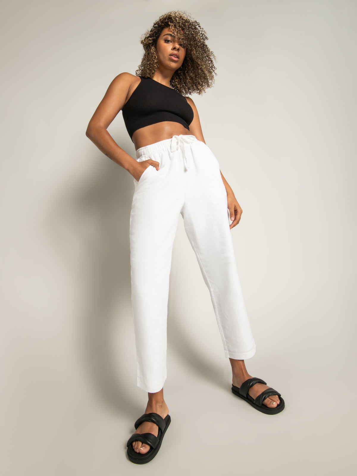 Medina Pants in White Linen