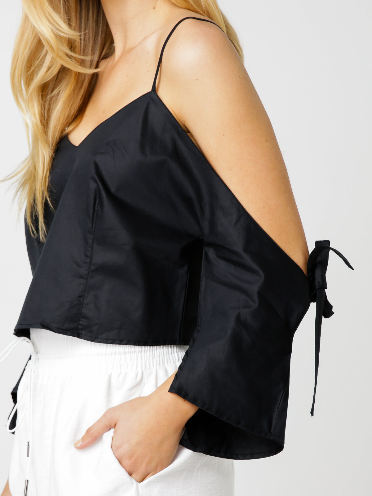 Orris Top in Black