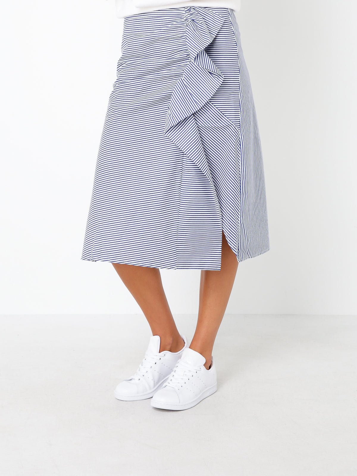Larsson Skirt in White & Blue Stripe