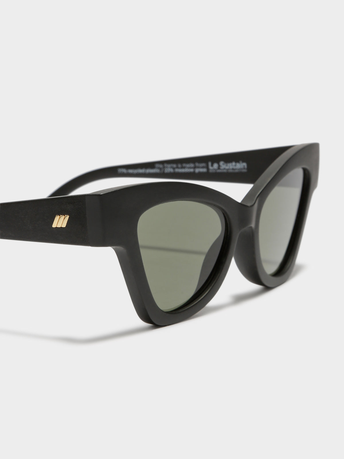 Hourgrass Sunglasses in Black