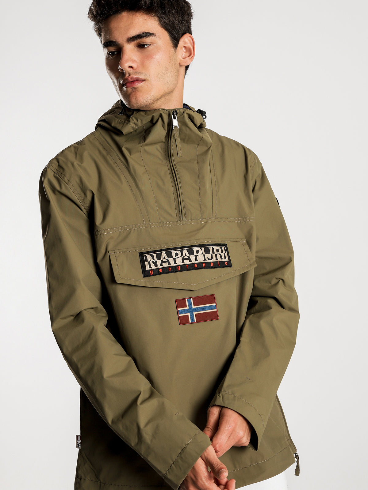 Rainforest Pullover Hooded Anorak in Olive Green