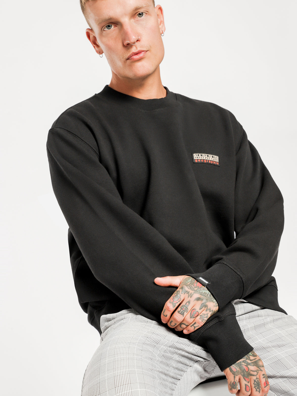 Base C Crew Sweater in Black
