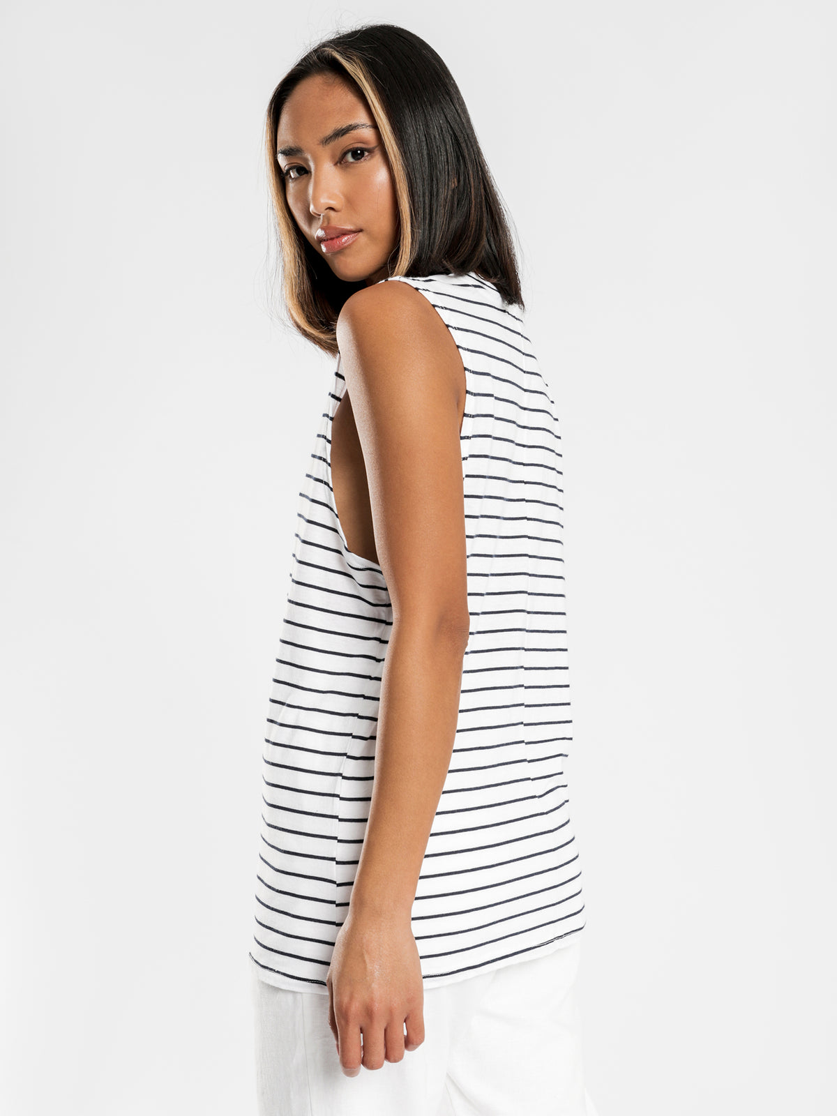 Keira Basic Muscle T-Shirt in Navy Stripe