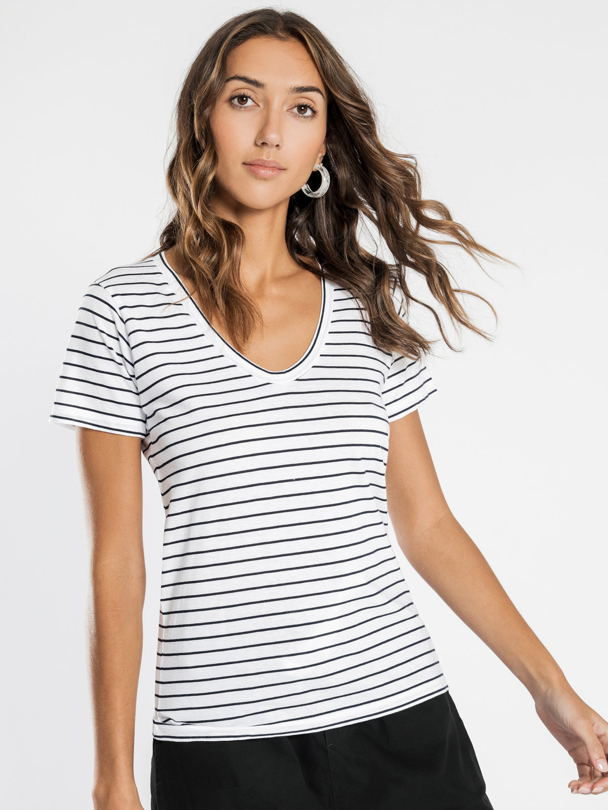 Blake Stripe Basic V Neck T-Shirt in Navy
