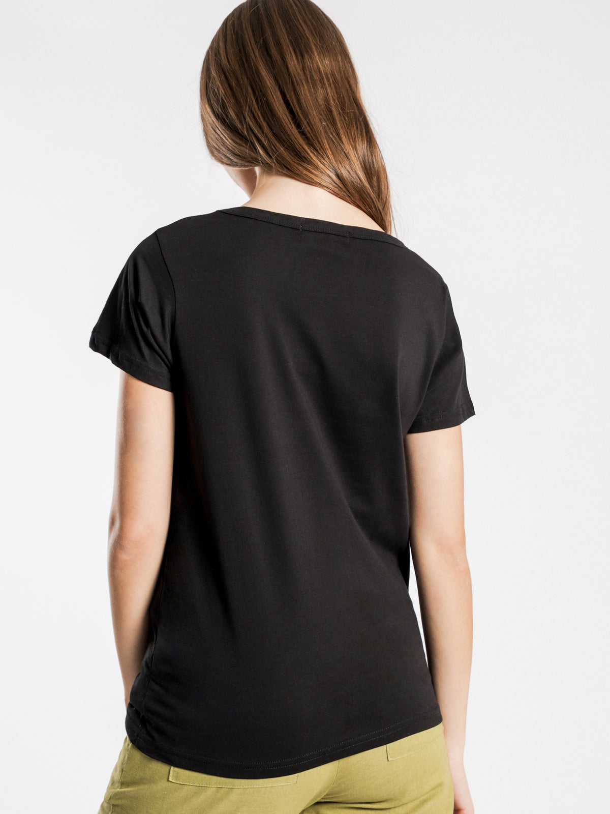 Jamie Basic Scoop T-Shirt in Black