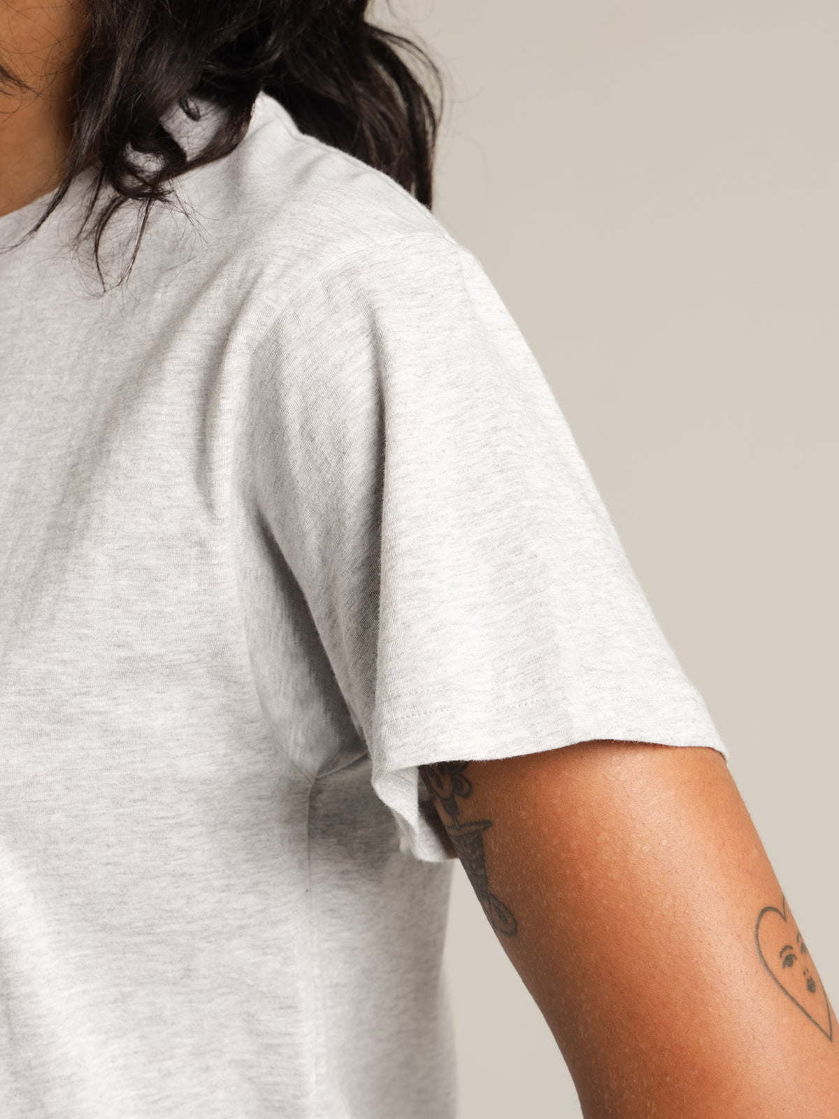 Frankie Boyfriend T-Shirt in Grey
