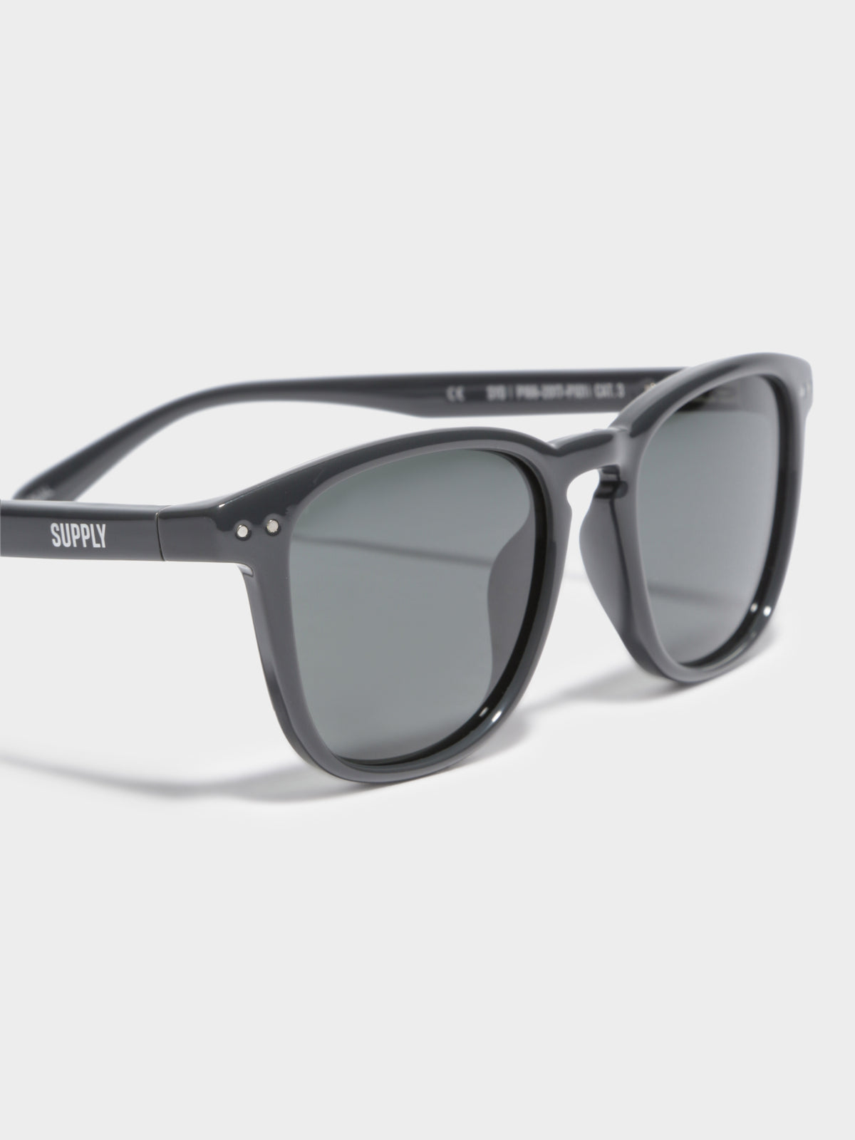 SYD Polarised Sunglasses in Polished Charcoal & Dark Grey