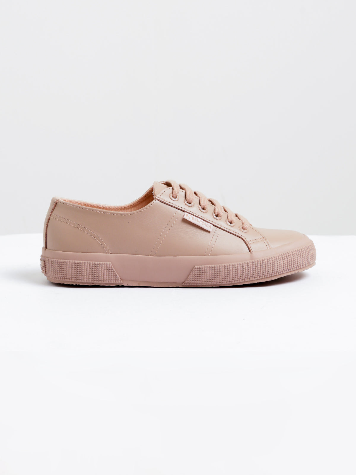 Womens 2750 FGLU Sneakers in Light Pink Leather