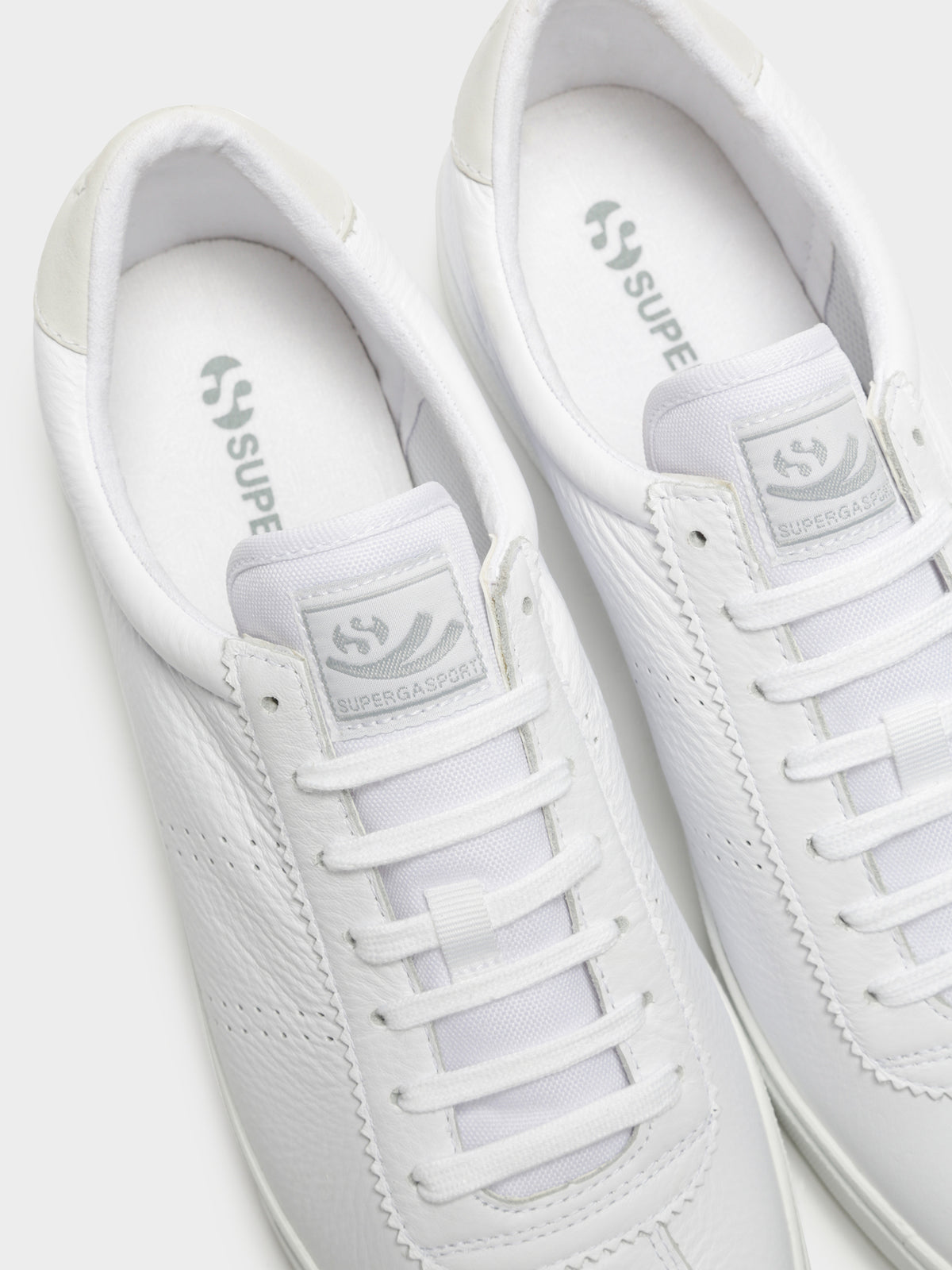 Mens 2843 Clubs Comfleau Sneakers in White