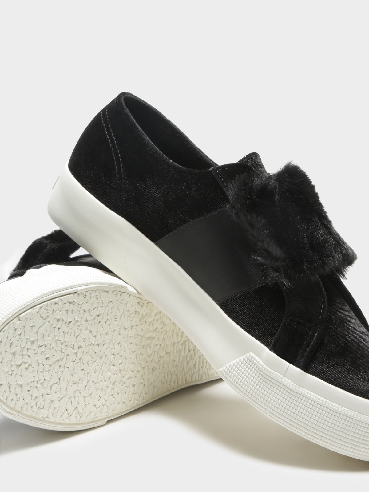 Womens 2399 Velvet Chenille Strap Eco Fur Sneakers in Black