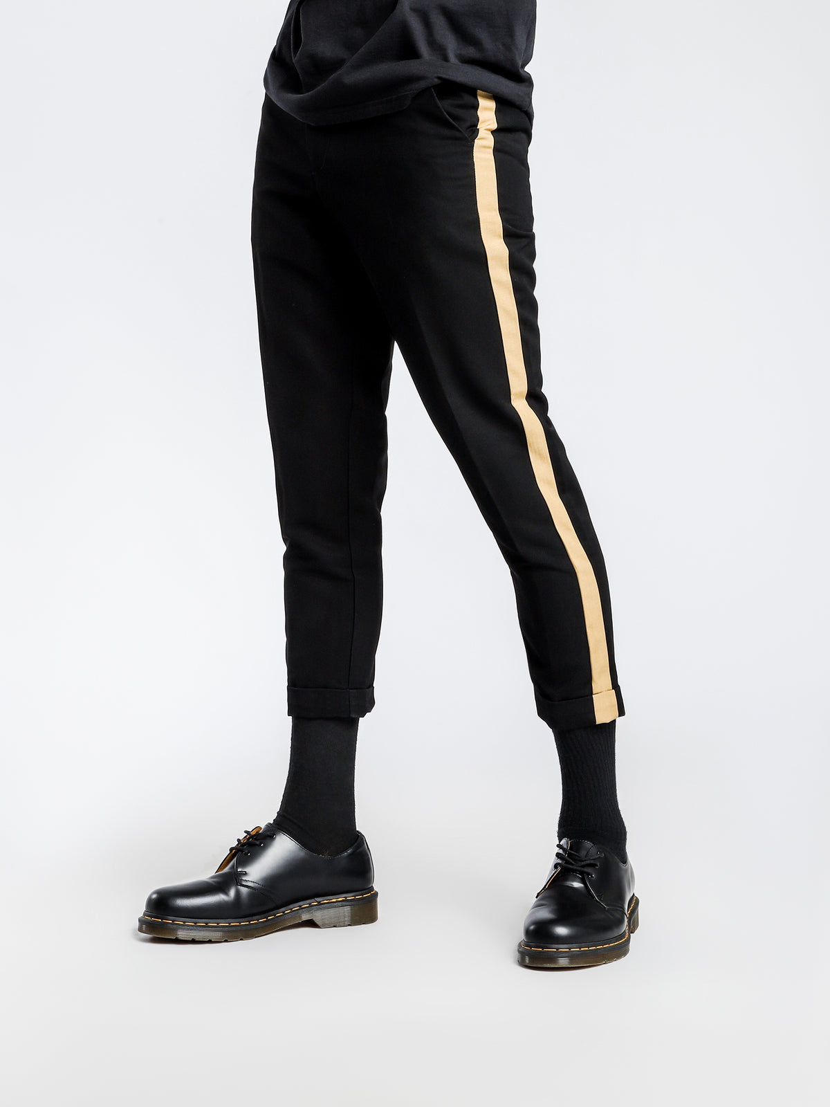Shorditch Pants in Black