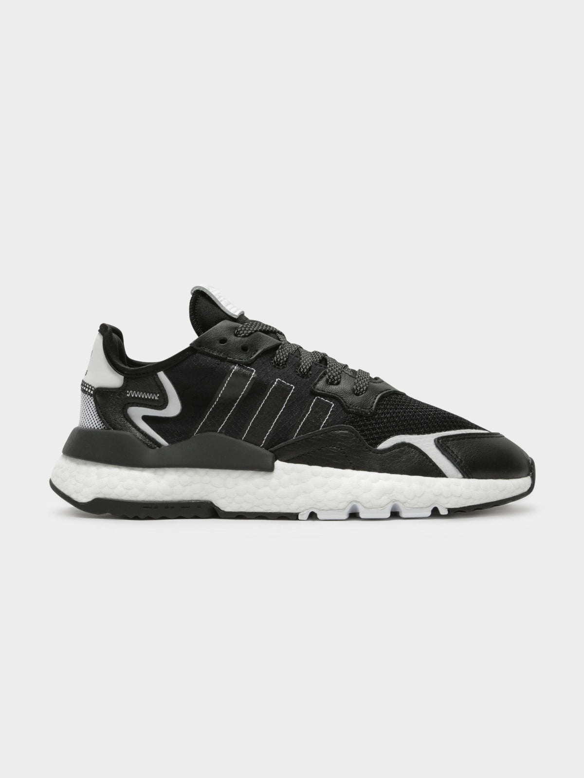 Mens Nite Jogger Sneakers in Black & White
