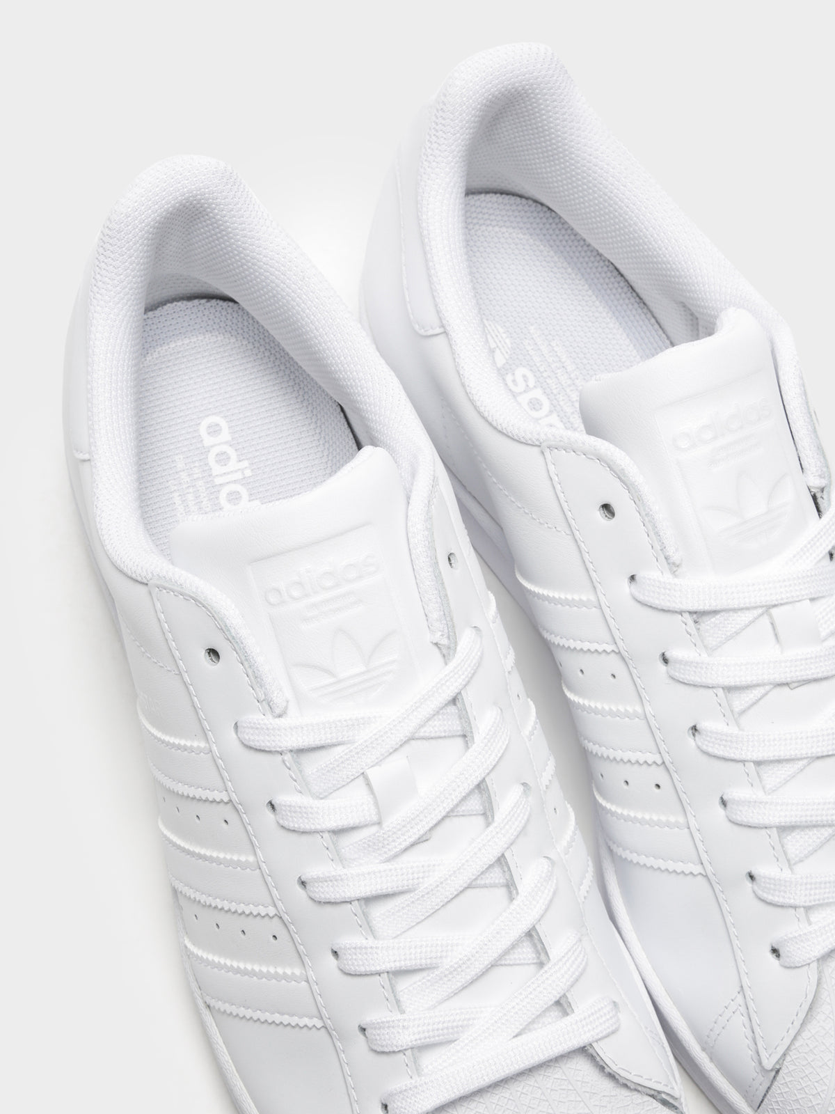 Unisex Superstar Sneakers in White