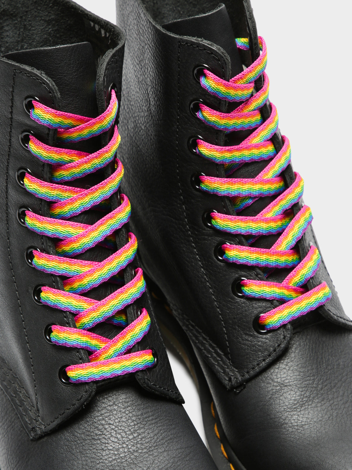 Pride 8-10 Eye Laces in Rainbow