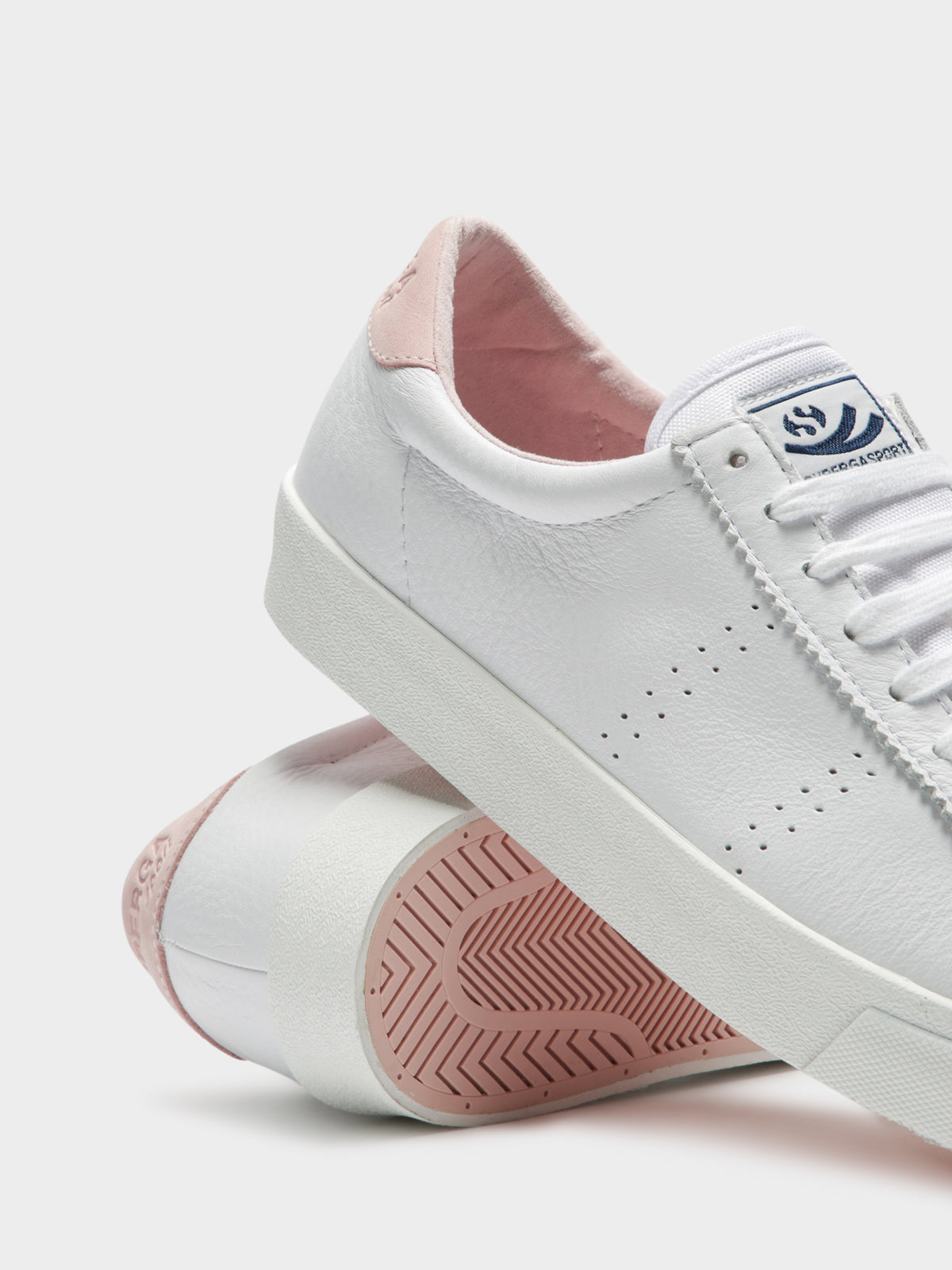Womens 2843 Clubs Comfleau Sneakers in White & Pink