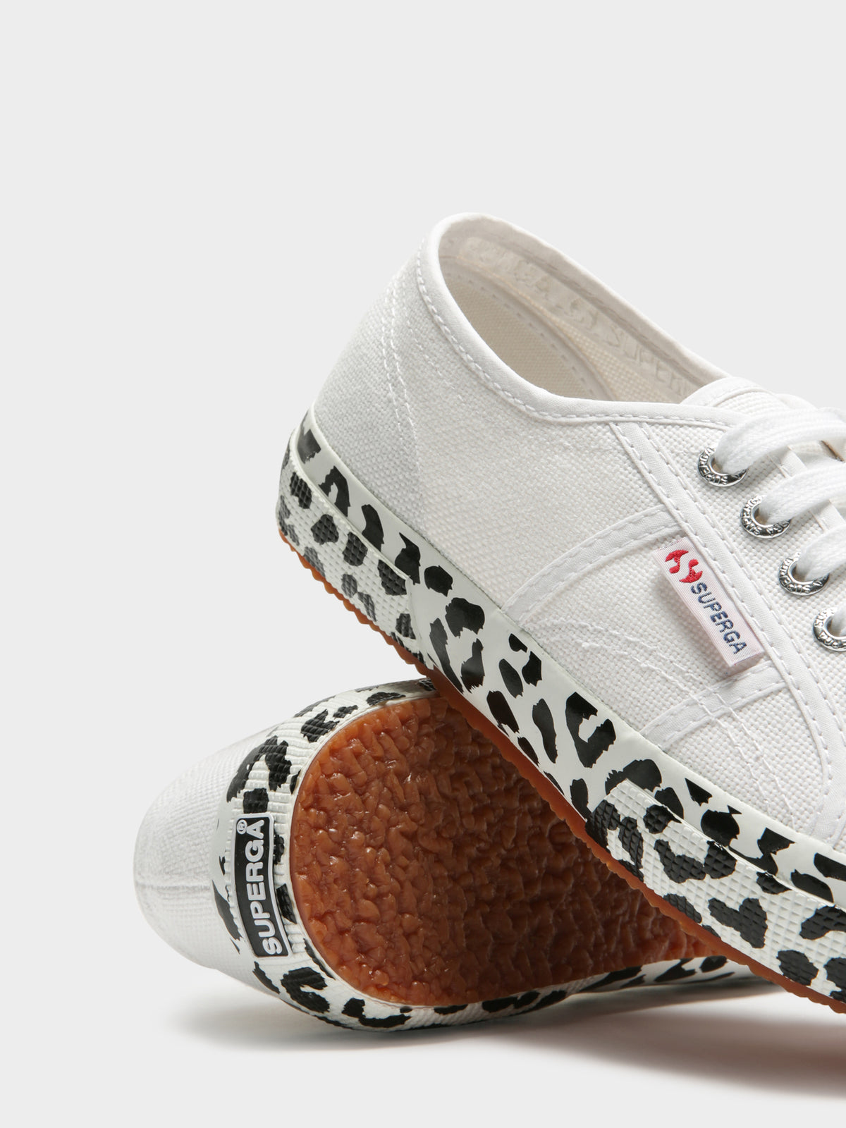 Womens 2750 Cotw Printed Sneakers in White & Black