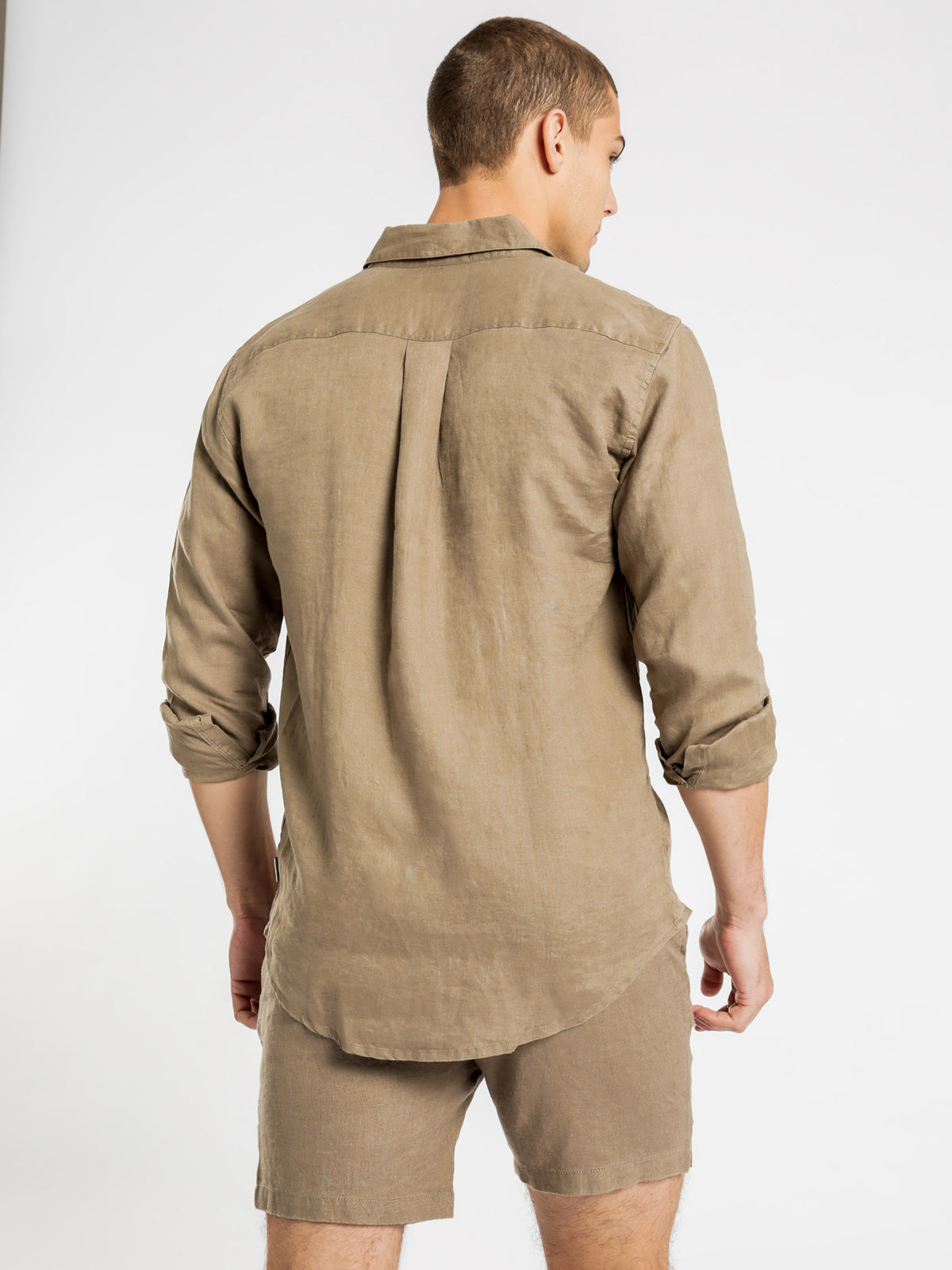 Nelson Linen Long Sleeve Shirt in Khaki