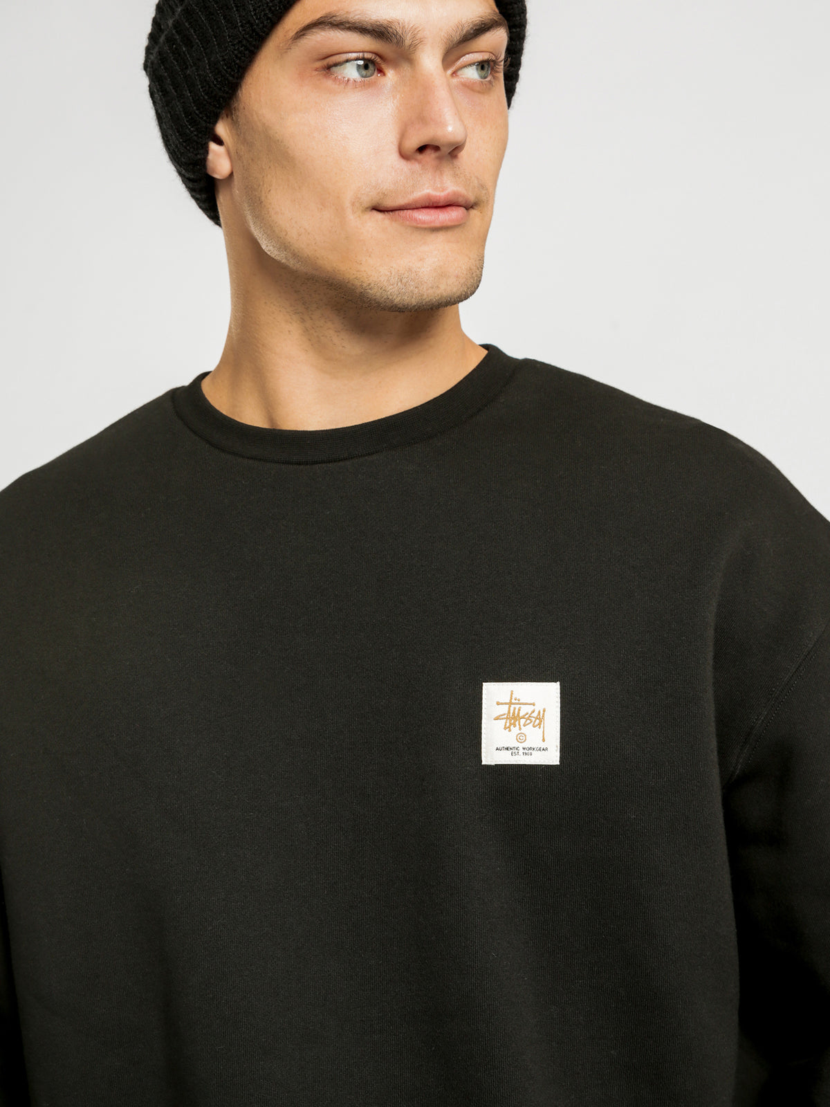 Authentic Workwear Crew Sweater in Black