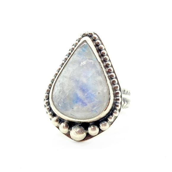 Moonstone Ring in Sterling Silver, size 7.25