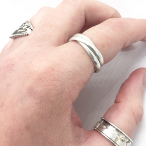 Kinetic Trinity Band Ring in Sterling Silver