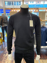 Load image into Gallery viewer, Sseinse rollneck jumper in black from Gere Menswear