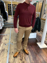 Load image into Gallery viewer, Matiniue camel chinos with red Hartford knitwear from Gere Menswear