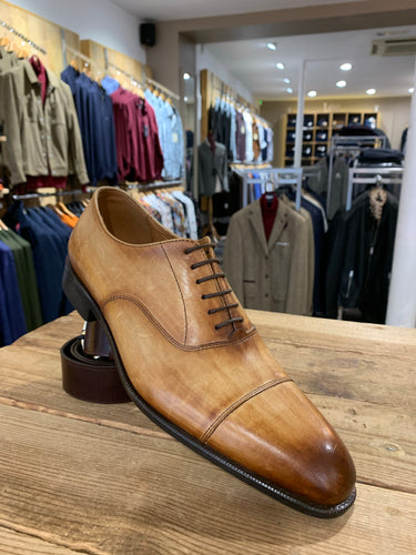 Lacuzzo wood grain effect tan shoe from Gere Menswear