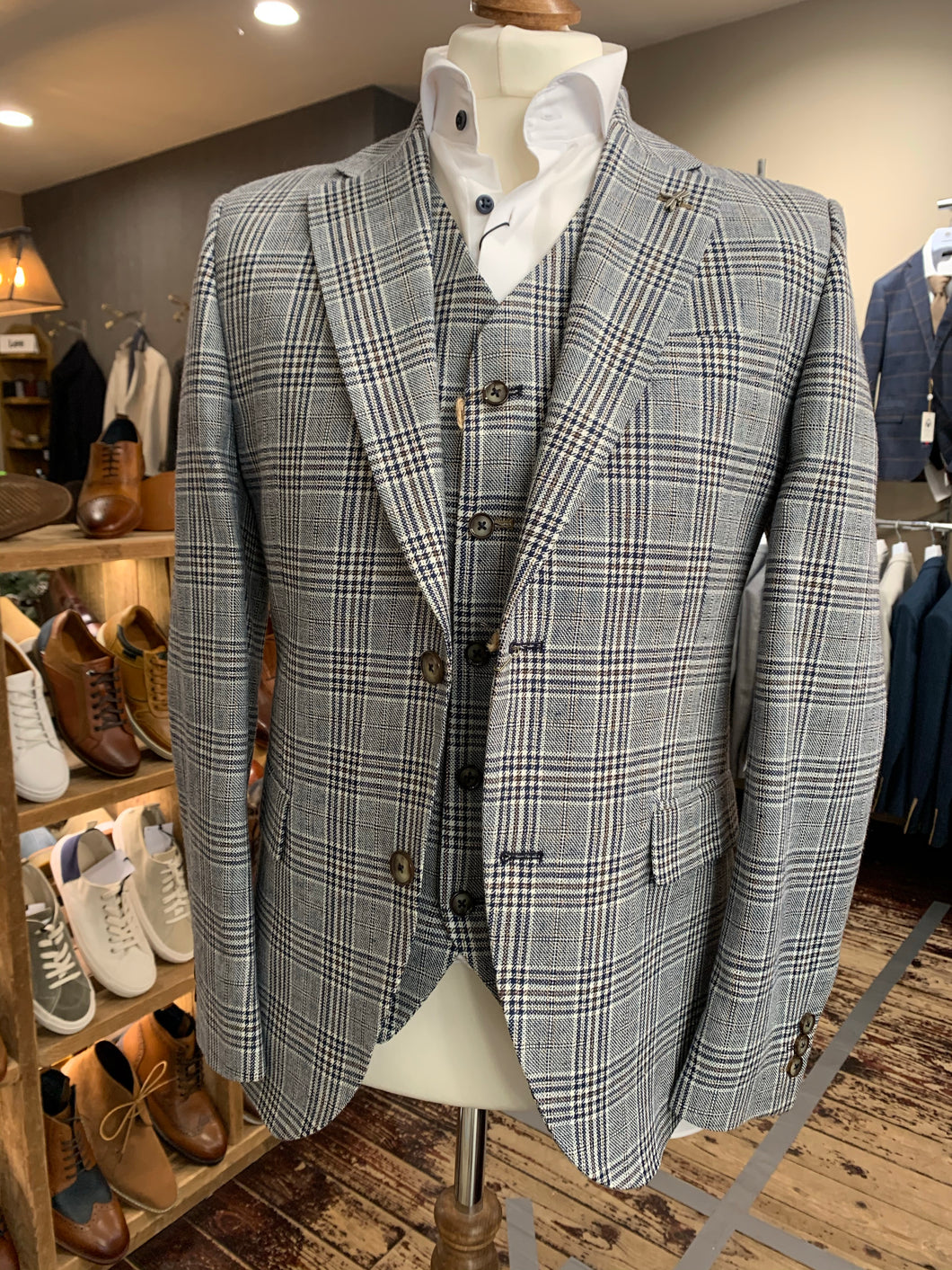 Gibson blue checked blazer